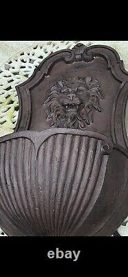 Brand New Unused Garden Wall Water Feature Fountain Lions Head
