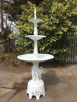 Cast Iron Fountain, Cast Iron 3 tier water feature, Centre water feature stolk