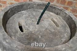 Granery Tub Eye Stone Water Fountain Feature Garden Ornament Solar Pump