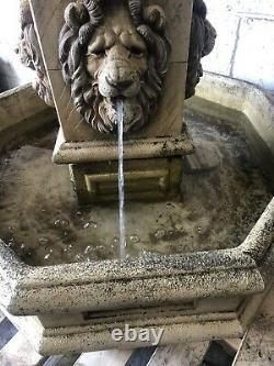 Large Lion Garden Water Fountain