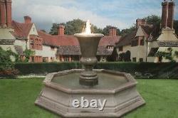 Brecon Pool Surround, Avec Kensington Urn Garden Water Fountain Feature