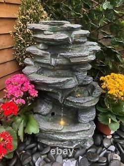 Caractéristique De L'eau De Roche, Aber Tombe Fontaine De Jardin Avec Des Lumières, Puissance Principale, Fontaine