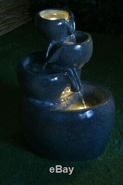 Covent Garden Caractéristiques De L'eau Modernes Fontaine Luminescent De Granit Brillant Autonome