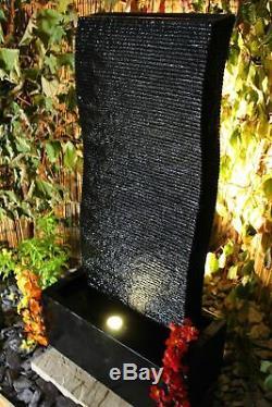 Élément D'eau Contemporain De La Vague De Résine Noire Avec Led, Mur De Fontaine De Jardin