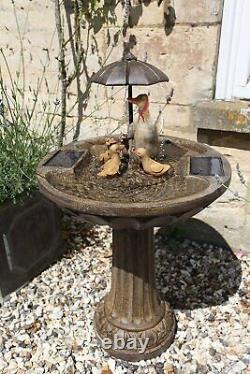 Famille Duck Solar Garden Caractéristique De L'eau Fontaine Extérieure Décorative Ornementale