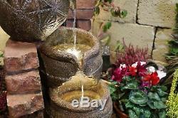 Fonctionnalité Traditionnelle De L'eau Du Robinet Et Des Cruches, Fontaine De Jardin, Énergie Solaire Avec Led