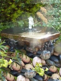 Fontaine Basalt Slab Avec Caractéristique D'eau Plinthe