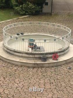 Fontaine D'eau / Caractéristiques Allée Rond-point Rampes