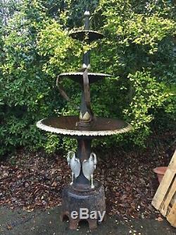 Fontaine En Fonte À 3 Niveaux, Caractéristique Antique