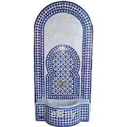 Grand Bleu Jardin Fontaine D'eau, Marocaine Fontaine Mosaïque Avec Construit Dans La Pompe