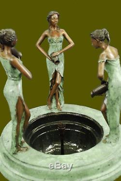 Grand Bronze Fontaine D'eau Statue Avec Vente Sexy Ladies Sculpture Garden