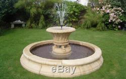 Grand Fontaine D'eau De Jardin De Jardineer Dans L'ornement De Jardin De Base De Piscine De 7 Pieds 3