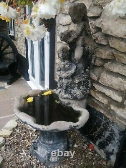 Grand Jardin Plan D'eau De Fontaine