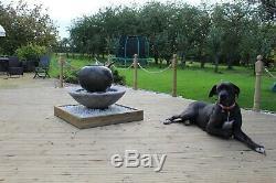 Grand Patio Boule Fontaine De Jardin Ornement Eau Solaire Pompe Caractéristiques