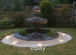 Grande Piscine Laurel Surround Edwardian Boule Fontaine D'eau Jardin Featur