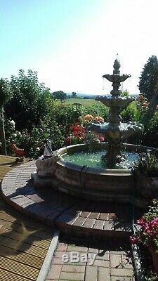 Grande Piscine Neapolatin Surround 3 Hiérarchisé Windsor Stone Garden Fontaine D'eau