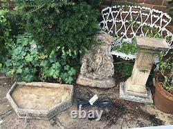 Heavy Garden Stone Fish Pond Wall Fountain Water Feature Femme Avec Des Chérubins