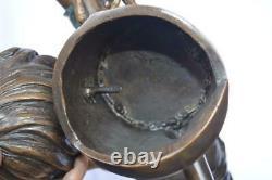Jeune Garçon Tenant Un Arrosage Peut Bronze Fontaine Taille 25l X 17w X 41h