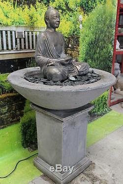 Nombreux, Grand Bouddha Fontaine D'eau Ornement De Jardin Statue De Pompe Solaire