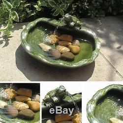 Nouveau Baie Vitrée Caractéristiques De L'eau En Céramique Jardin Grenouille Verte Fontaine Solaire Siphon D'énergie