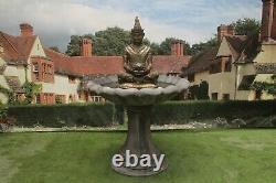 Ornement Thaïlandais De Dispositif D'ornement D'ornement De Jardin De Fontaine De Bouddha