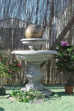 Pierre Regis Bal Fontaine D'eau Caractéristiques Ornement Jardin