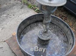 Plan D'eau De Fontaine D'eau De Jardin Plomb Antique Victorian C1900 Grand Et Lourd