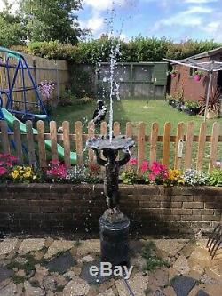 Plomb Superbe Eau Feature Fontaine D'eau Avec Base