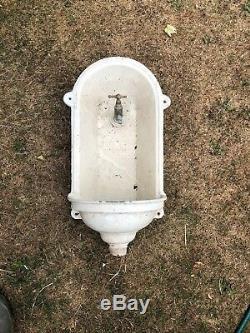 Vintage Française Fontaine D'eau